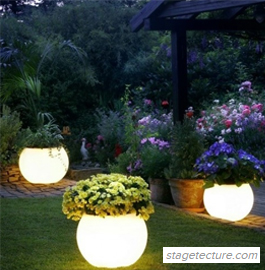 Blackmon Mooring Glowing Flower Pots