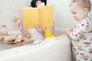 mom in bathtub