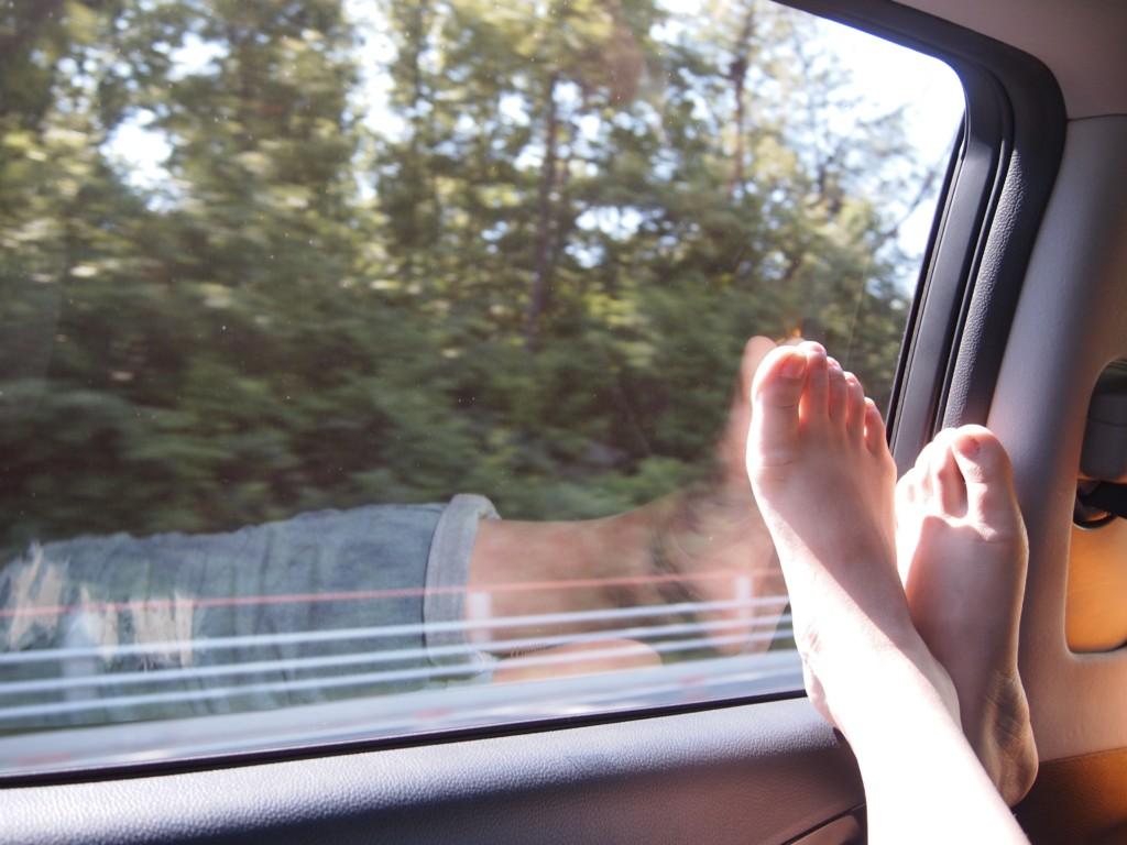 feet up in car