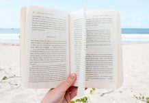 This list of books is for moms looking for great summer reading.