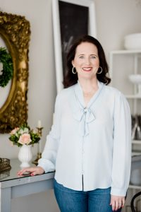 Katherine Sasser will teach three classes at Home for the Holidays virtual event